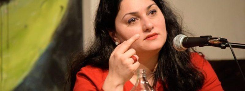 Beruft sich auf Verfassung statt auf Leitkultur: die Islamwissenschaftlerin Lamya Kaddor. Foto: Kerstin Balks